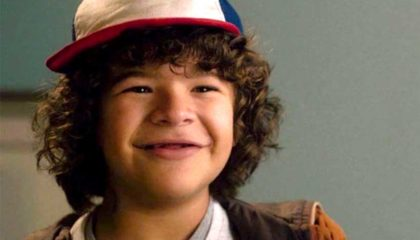 dustin from stranger things teeth